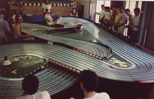 Piste slot racing royal-black du Grand Prix de Bordeaux 1987