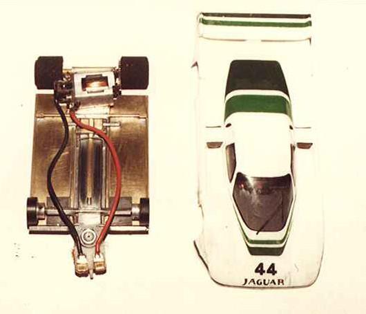 Châssis TNT et Jaguar XJR5 de Pascal Guélin