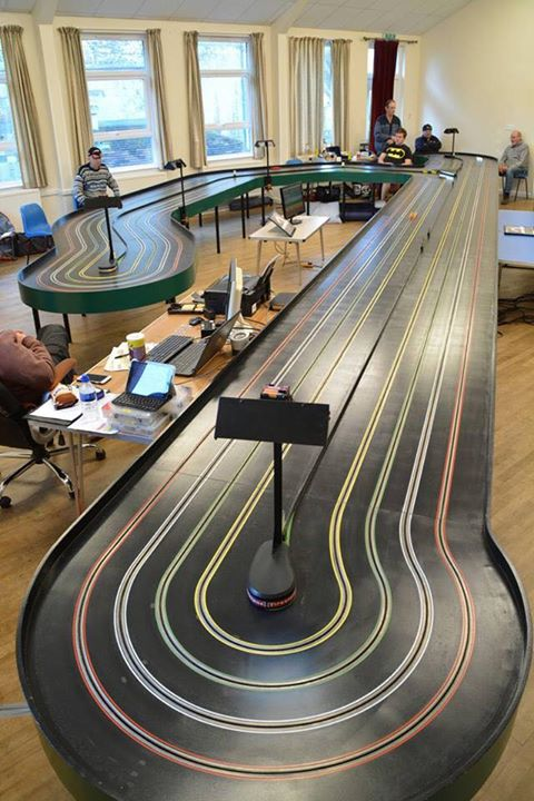 Slot racing - slot track - model car racing