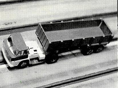 Philippe Point nous a fait une démonstration avec son Camion en sens invverse et en travers dans le banking