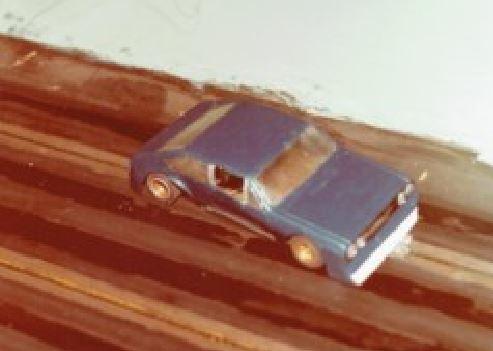 Slot car de Ruben Rodolfo PEREZ DE PAULA  en fibre de verre et résine. Trop fragile.
