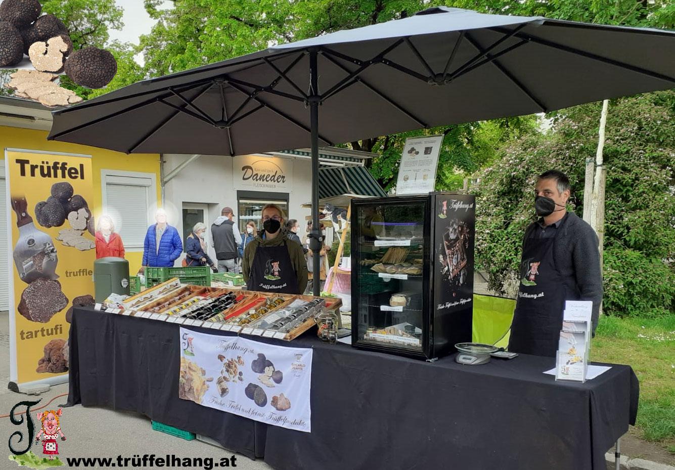 Marktstand von Trueffelhang.at am Hauptplatz, Lentia City, auf der Food Street Market Tour oder am Südbahnhofmarkt Linz - Trüffelmarkt