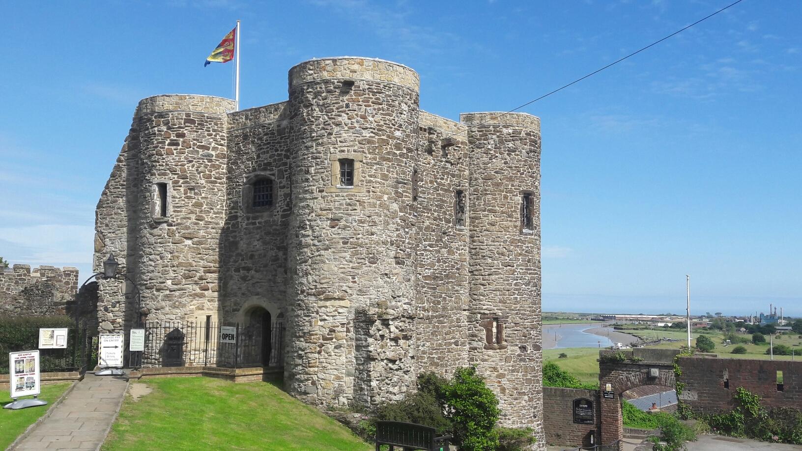 Burg von Rye mit Blick zum Fluss