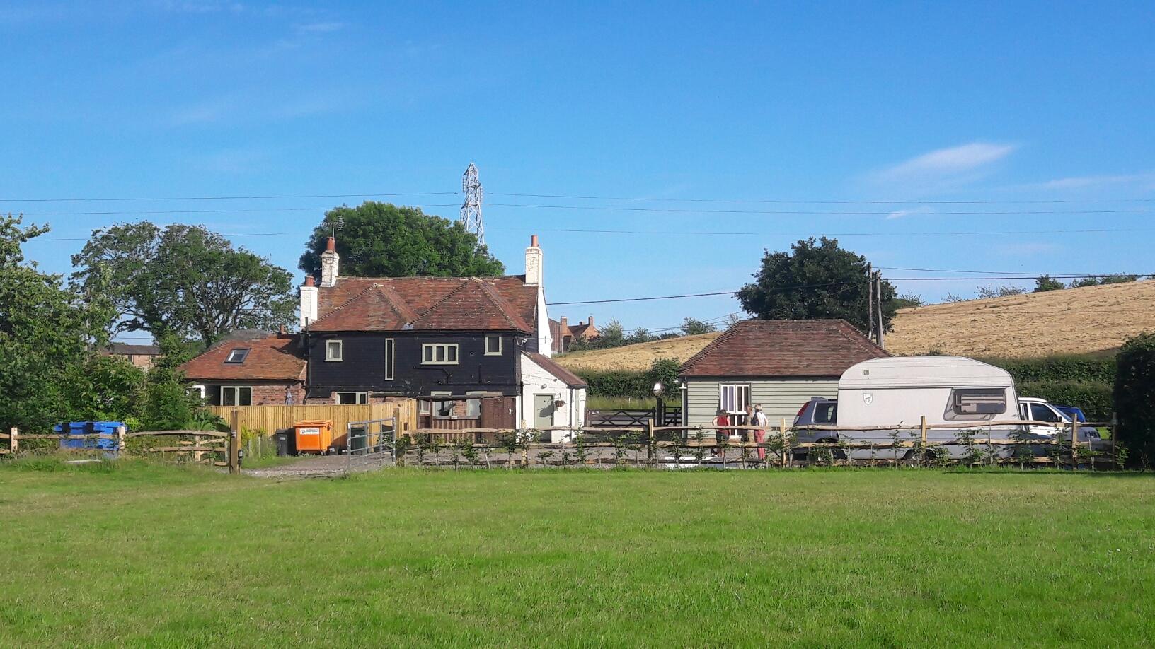 Bauernhof mit Campingplatz in Peasmarsh, speziell auch für Hundefreunde