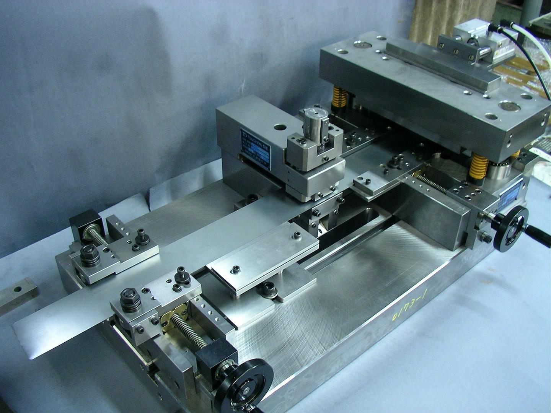 Strip core manufacturing equipment