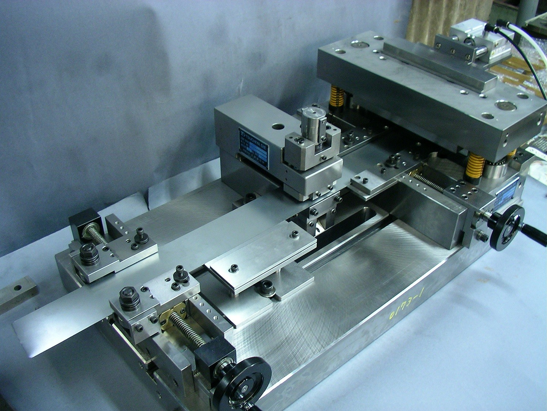短冊コア製造装置
