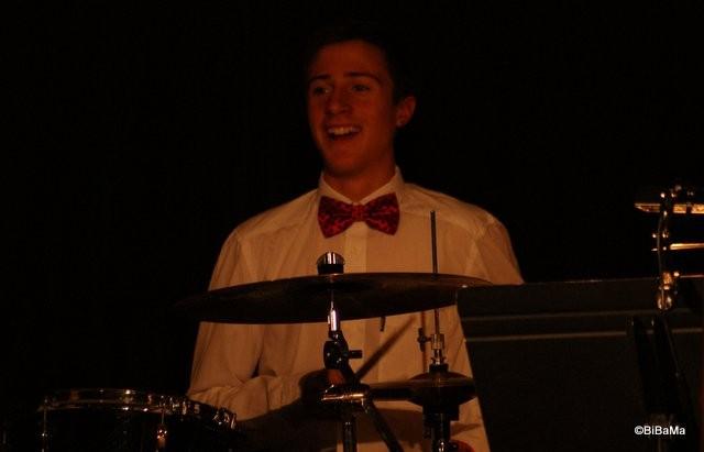 Der Mann ... am Schlagzeug