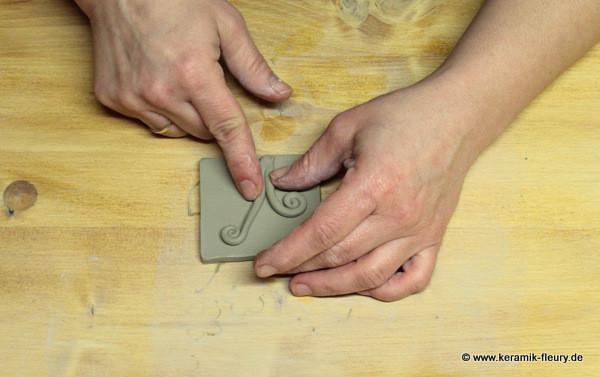 Töpfer-DIY: Keramik-Kühlschrankmagnet Schritt 7