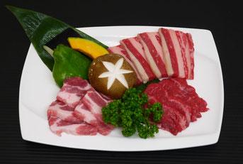 焼肉3種と野菜の盛り合わせ