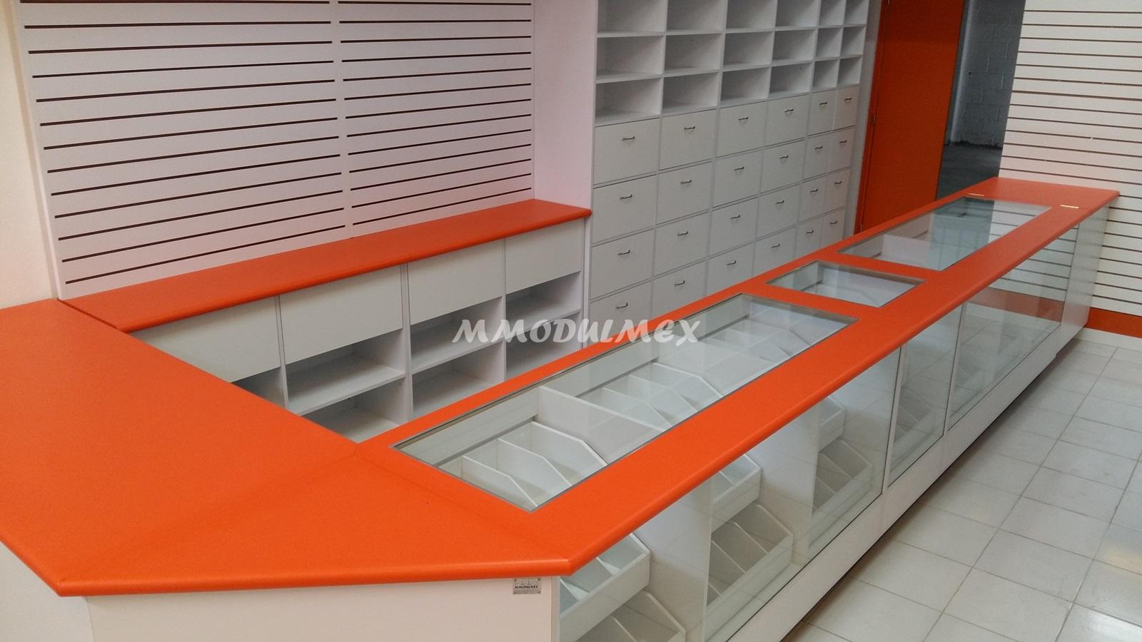 Mostradores y vitrinas para papeler as farmacias tiendas for Muebles para farmacia
