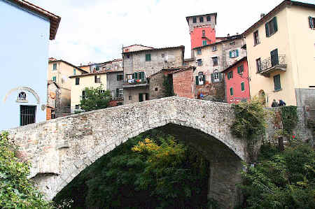 Loro Ciuffenna - ponte vecchio