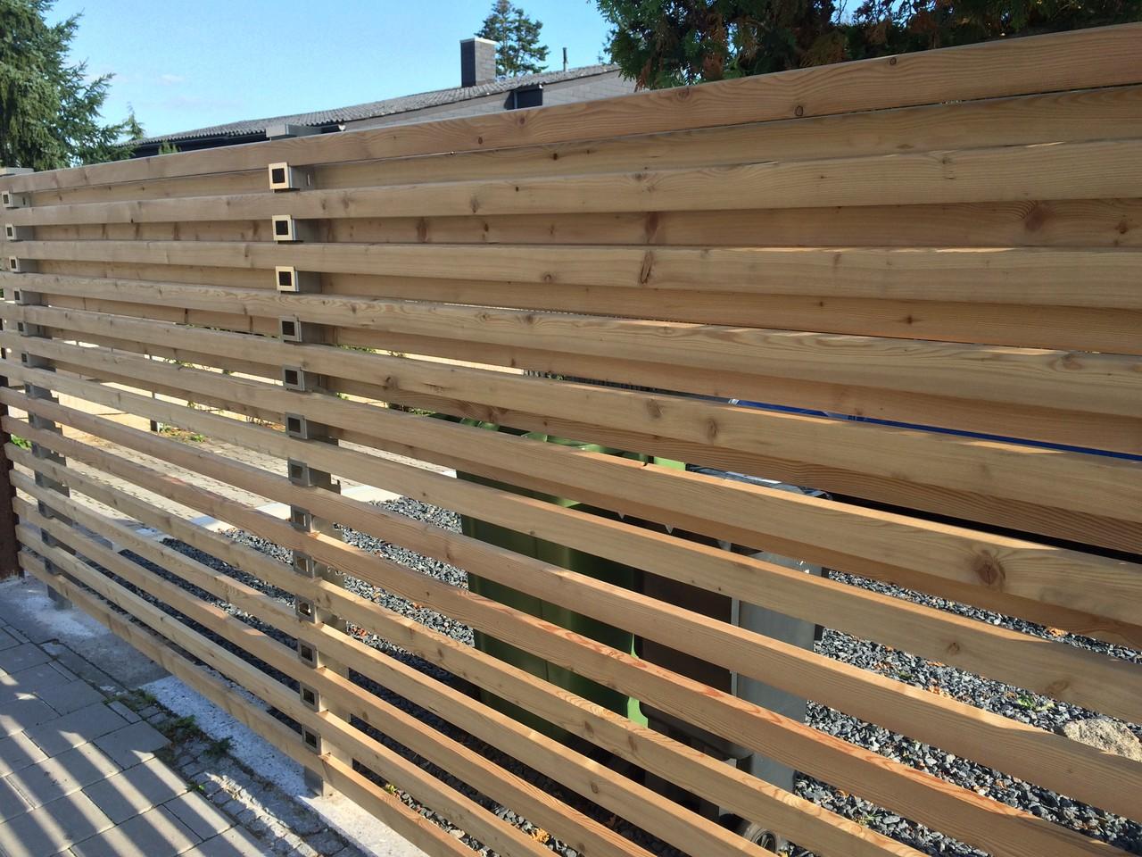 Zaunsystem Trigone verbindet Zaunbau Sichtschutzwände Fassaden