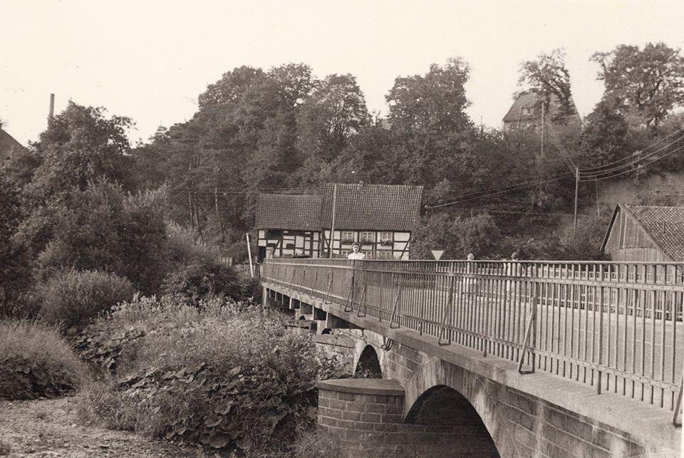 Die Möhnebrücke Ende der 50er Jahre