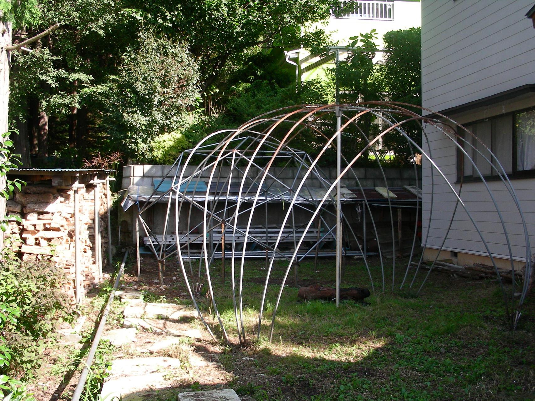 スカラベドームに設置 小型パイプドーム、パーゴラドーム