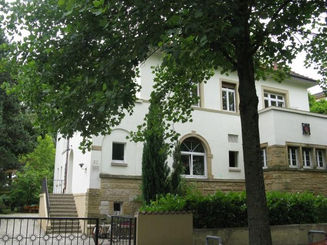 Bild des Hauses unserer Studentenverbindung von der Straße aus