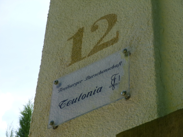 Das Haus unserer Studentenverbindung befindet sich in der Maria-Theresia-Straße 12