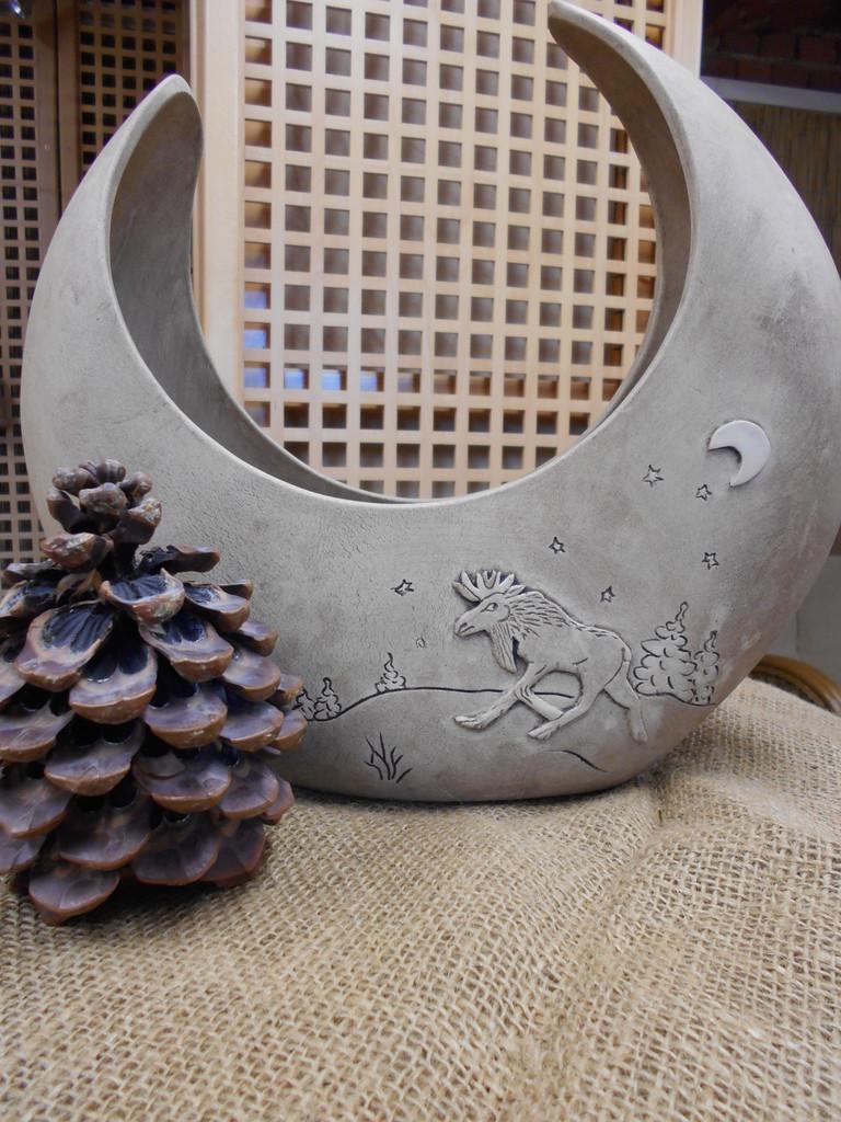 gef e schalen teller f r weihnachtsgestecke unikate aus ton handget pferte vasen keramik. Black Bedroom Furniture Sets. Home Design Ideas
