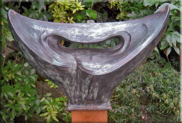 Form Bronze 42 x 75 cm ohne Sockel
