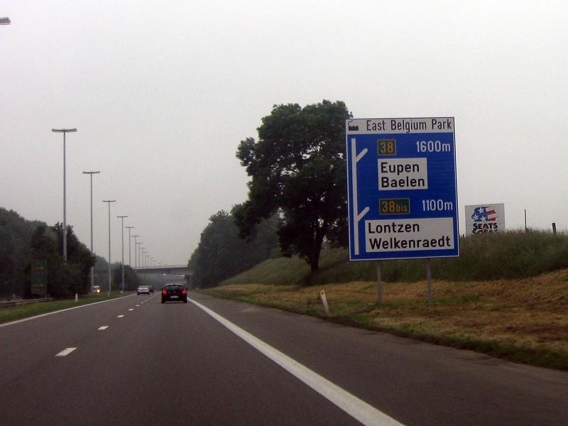 Auf der Autobahn durch Belgien