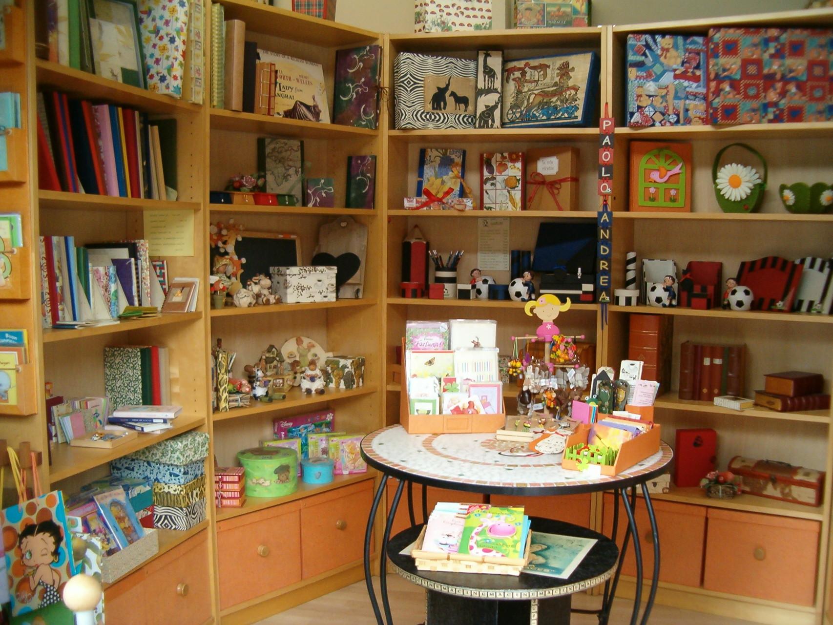 Il negozio - laboratorio vicino a viale Corsica (MI)