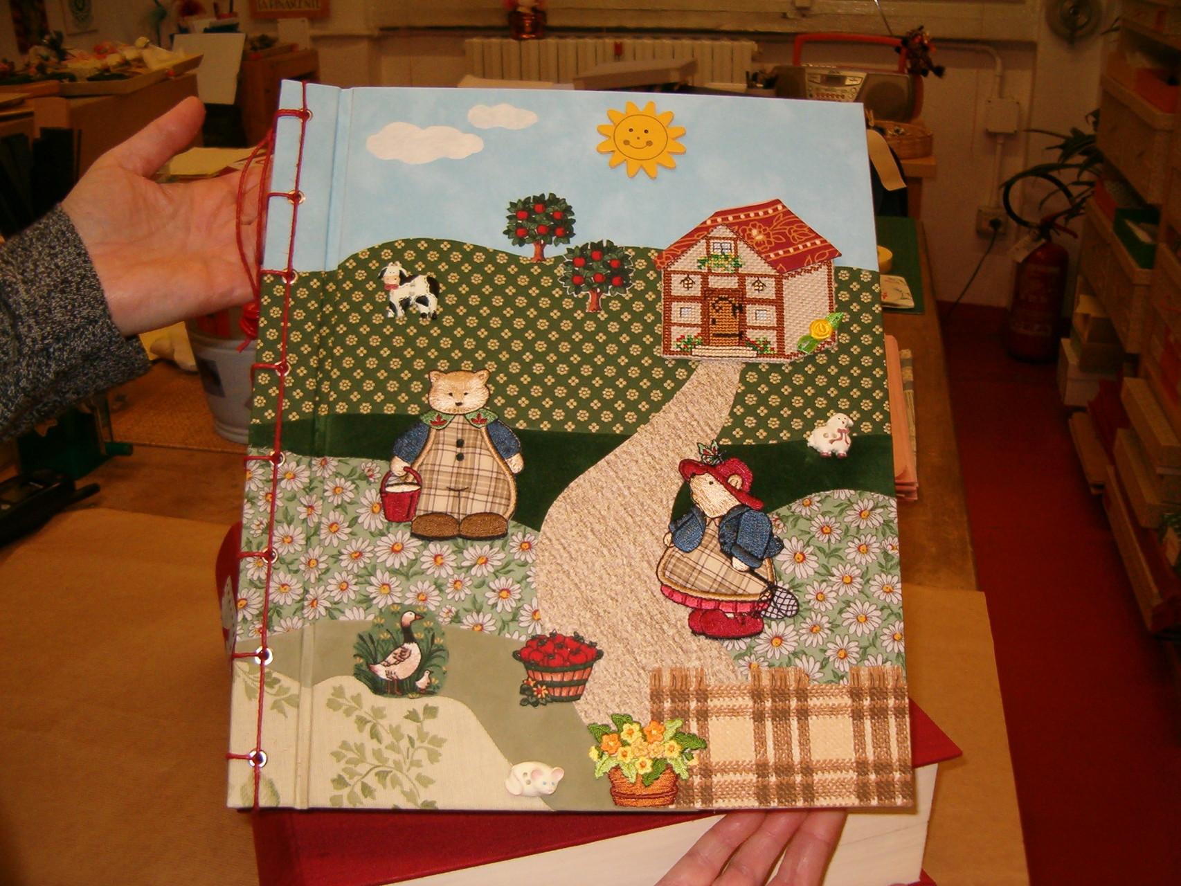 Copertina patchwork realizzata con tessuti fantasia