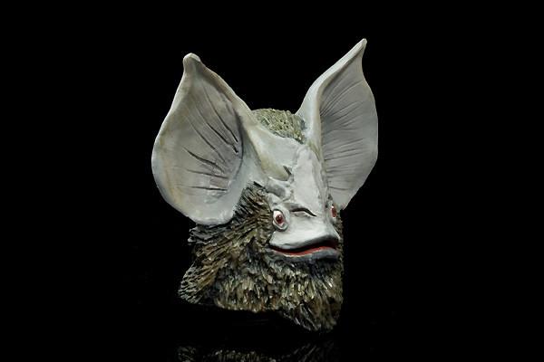 イカルス星人 体毛もそこそこの表現だ。額から上唇までは別パーツとなっている。