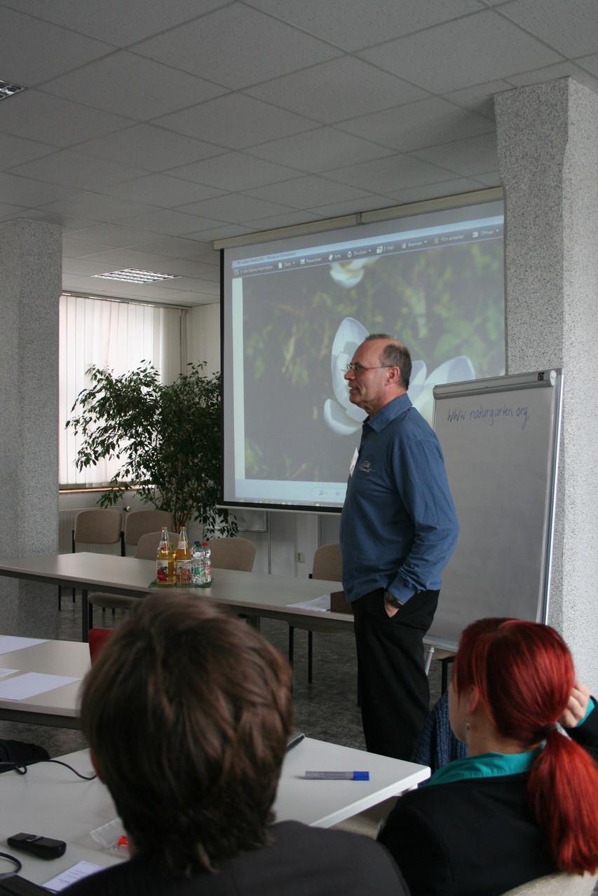 """Andreas Bindermann: """"Bienenweide - Erste Hilfe für unsere Bienen."""""""