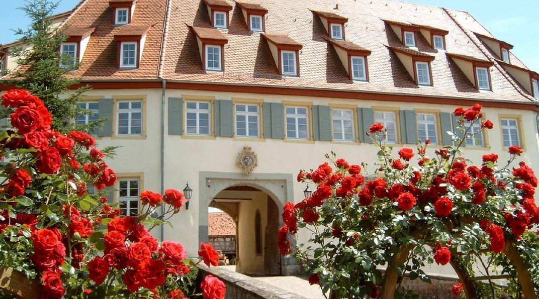 Unteröwisheim CVJM Lebenshaus 'Schloss'