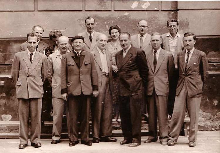 v.l.n.r.: Prof. Korkisch, Prof. Jedlicka, (Menkes), Prof. Lacina, Prof. Jakesz, (Platschek), Prof Schemitz, (Petrik), Dir. Kühn, Prof. Donnaberger, Prof. Bergauer, (Huber), Prof. Oswalden