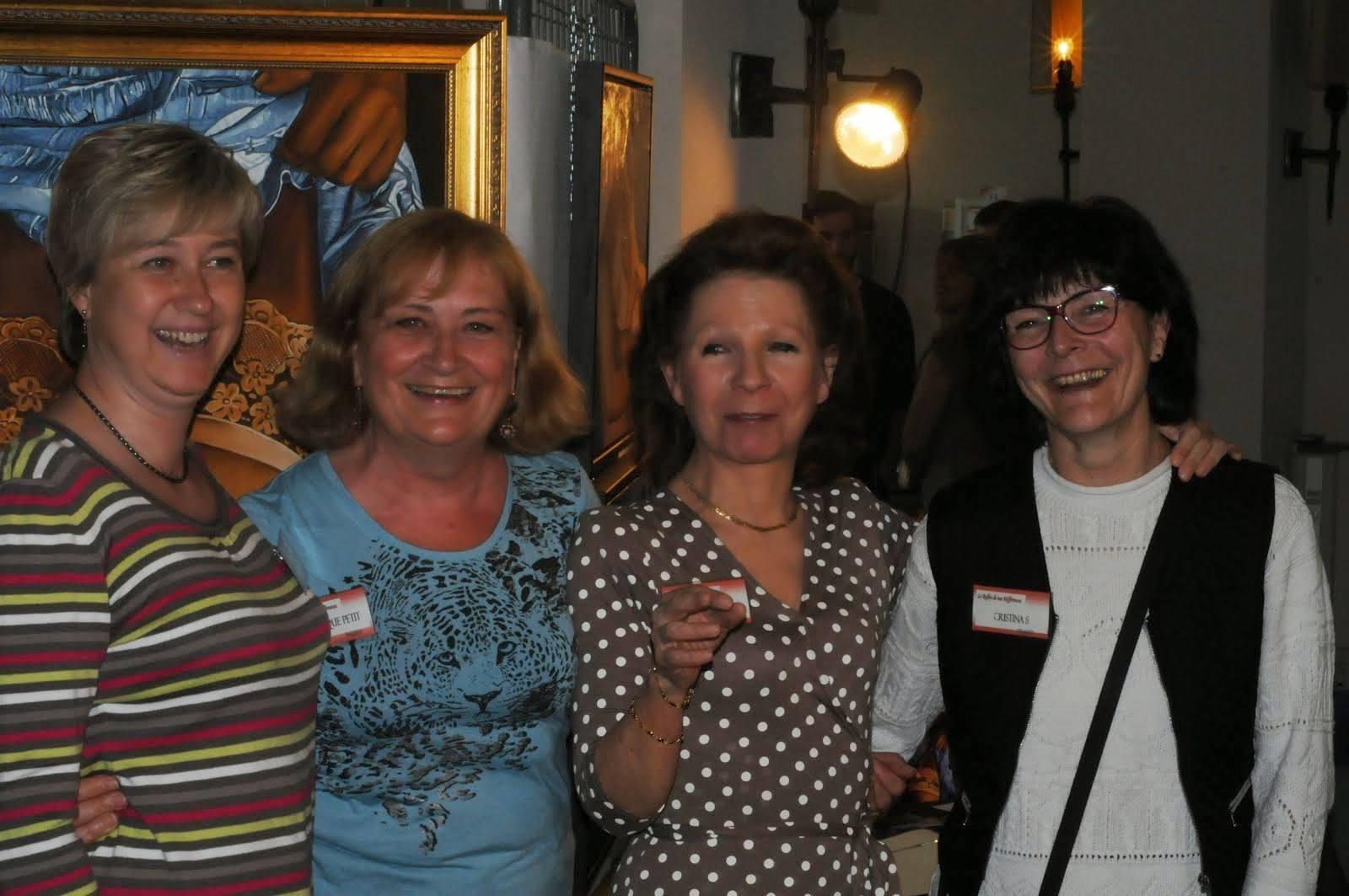 Chantal (photographe), Dominique Petit (sculpteur), Nicole Marbaise et moi-même - Belgique