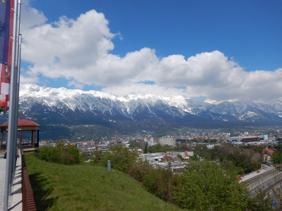 """Innsbruck Alpine - Kurz vor der ersten """"Schleife"""" durch Innsbruck"""