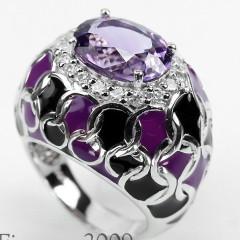 №181. Кольцо из серебра 925-ой пробы с 2-х цветной эмалью и аметистом (13 X 10 X 7 MM. 5.05 CARAT) окружонным бесцветными топазами.  Размер 17.75  Стоимость 5ооo руб.