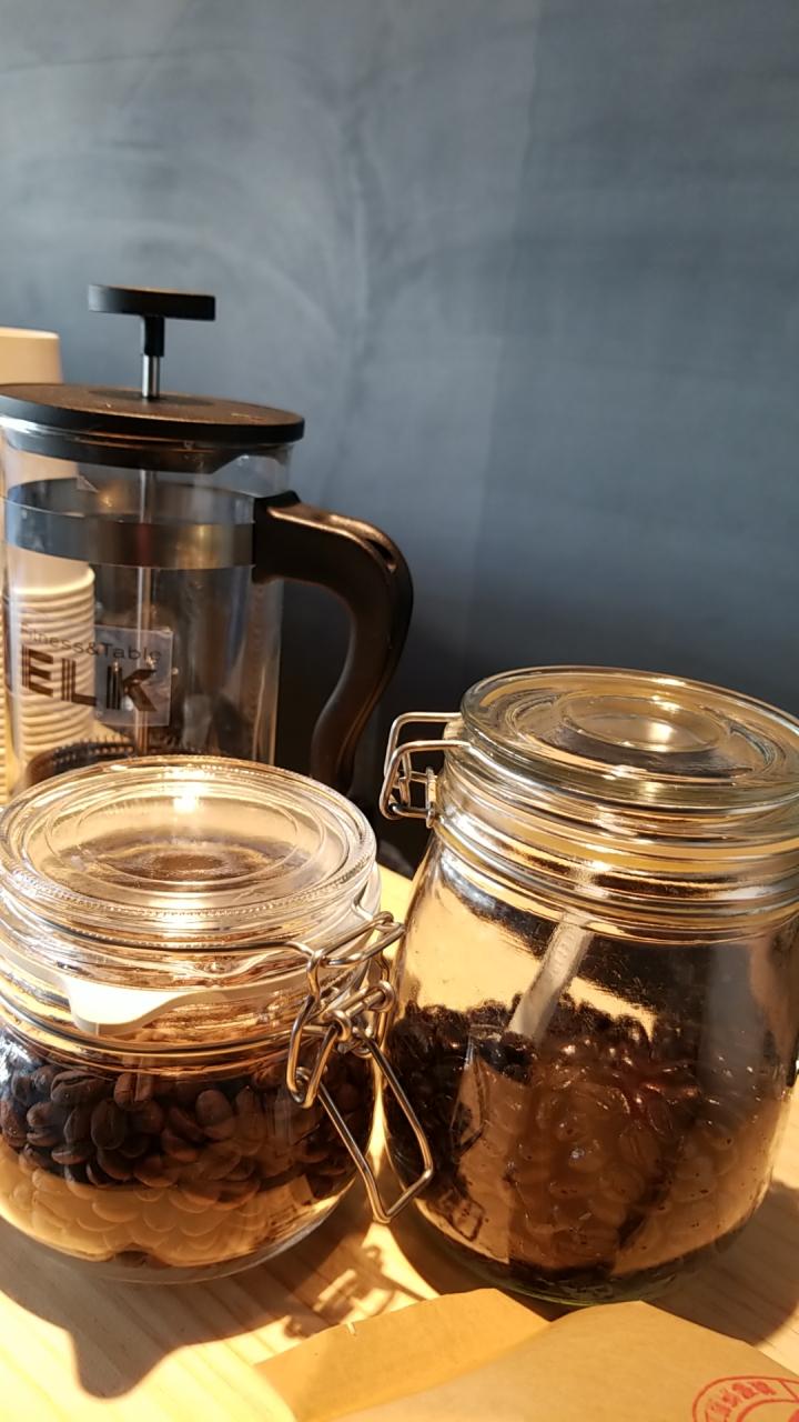 ELKオリジナルコーヒー!焙煎工房直送のコーヒー豆を使ってます。