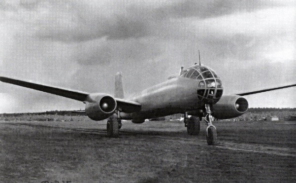 // 1948 EF-140
