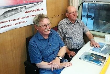 ... mit Günther Miksch am Besprechungs-Tisch