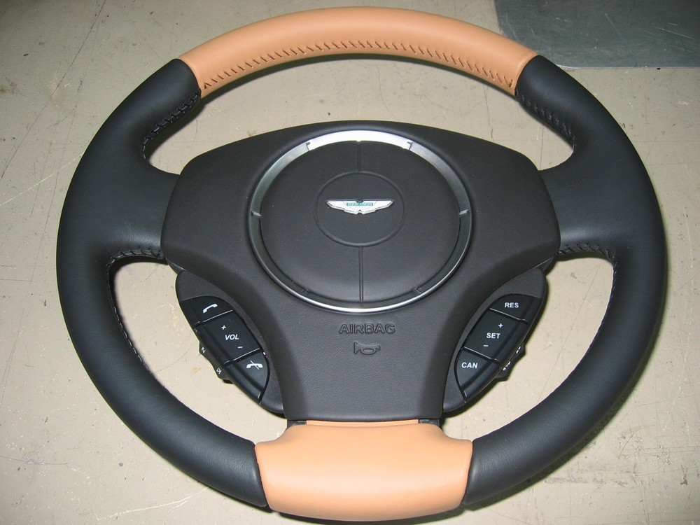 volant Aston Virage