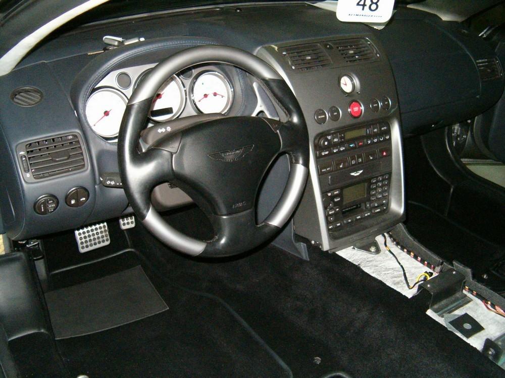 moquette habitacle Aston Martin Vanquish