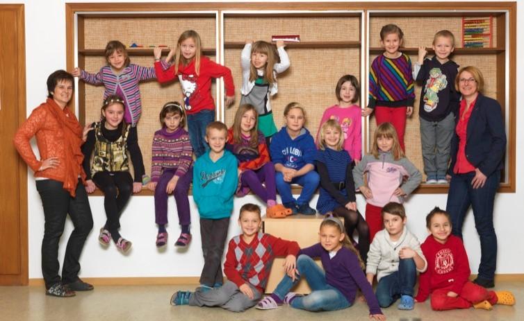 2012-13  _  1.Kl. (1./2. Schst.) mit Martina Prunner und KL Theresia Trummer