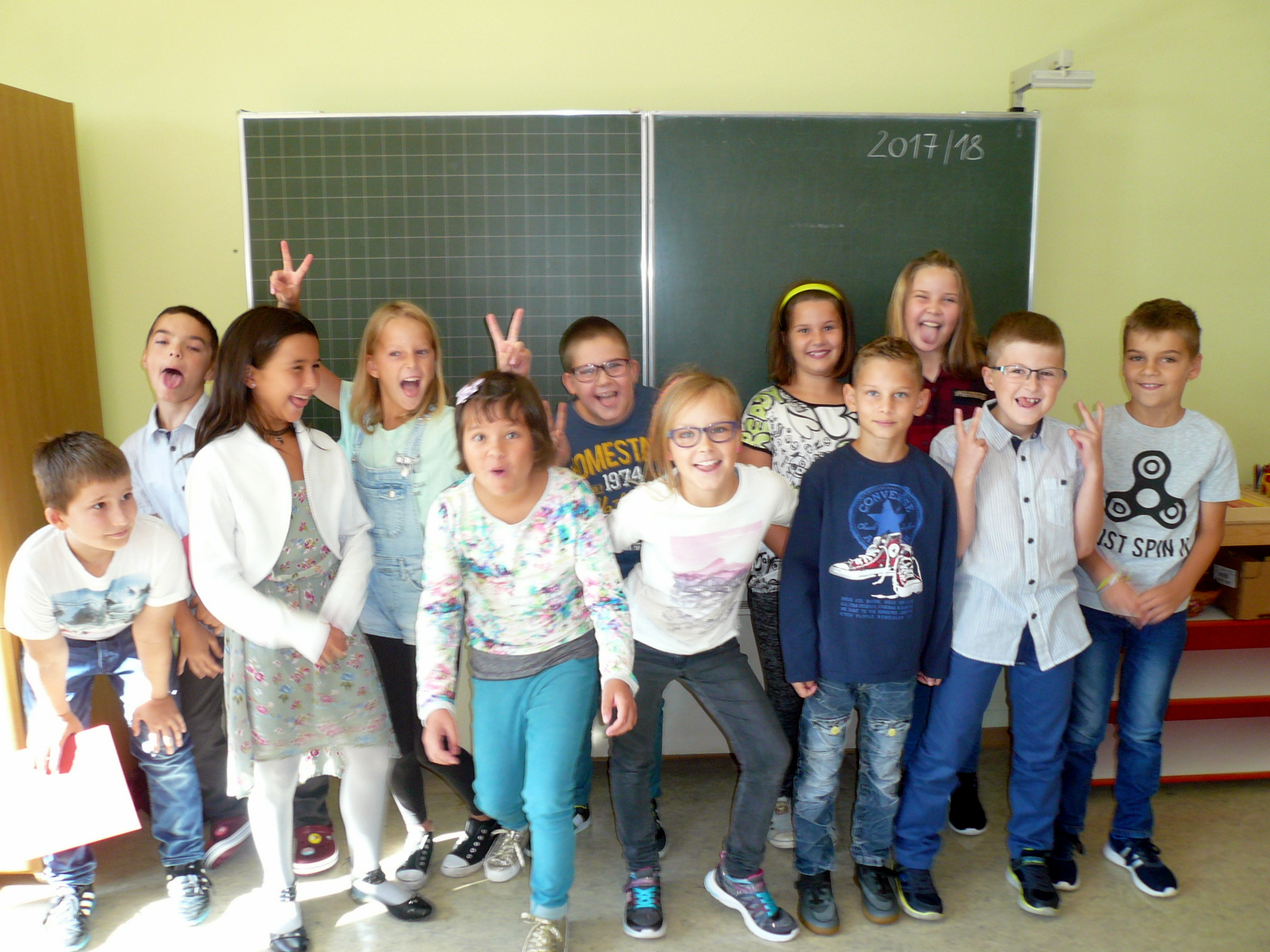 2017-18  _  3.Kl.  (=4. Schst!) ohne KL Theresia Trummer