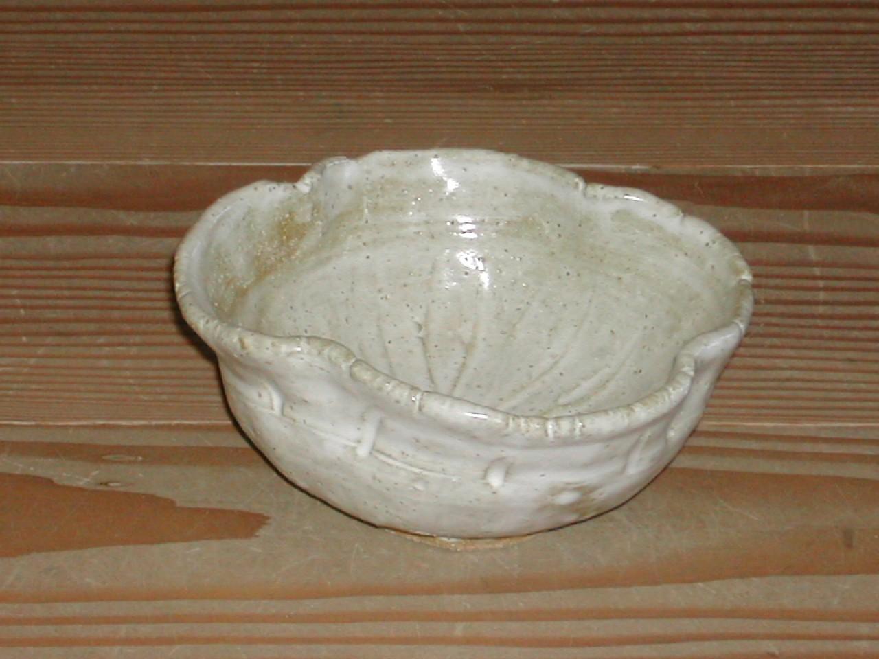 四絞り小鉢