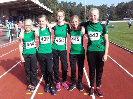 Die Erfolgreiche Mannschaft WJU14 v.l.: Sina, Anna, Lena, Emily und Hannah.