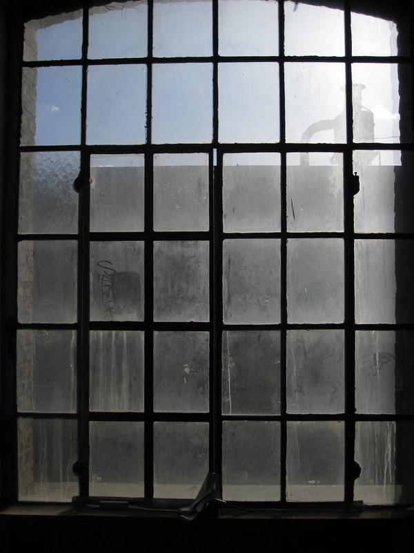 "Windows #5 | Photograph on Hahnemühle Photo Rag 308 | 32x24 cm | 12.6""x9.4"""