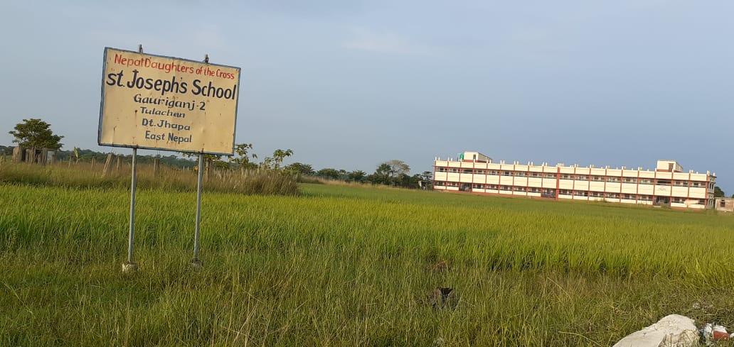 Die fertige neue Schule in Korobari