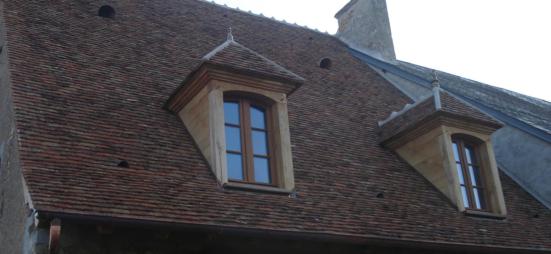 Couverture en tuiles plate et création de lucarnes - Chestier