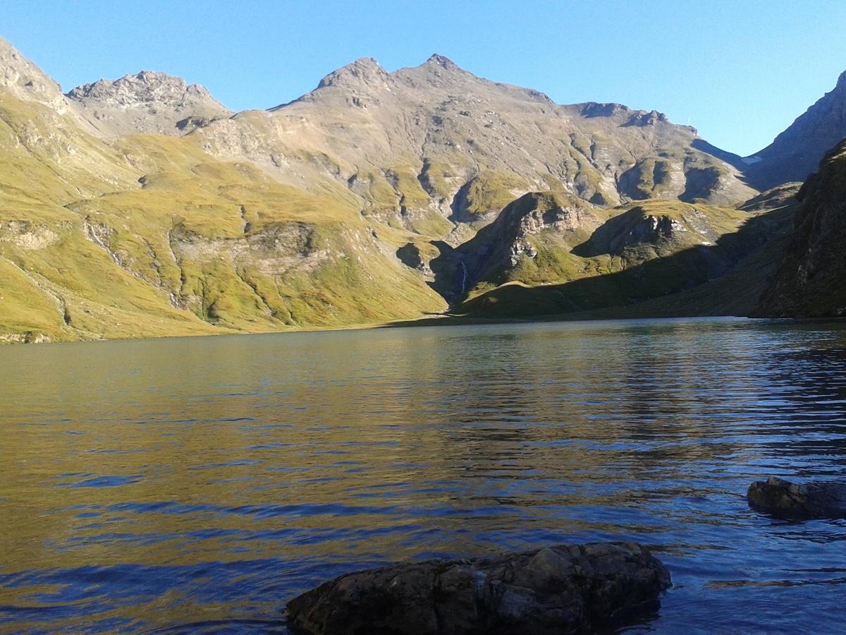 """Hochgebirgssee """"Wildersee"""" in Vals"""