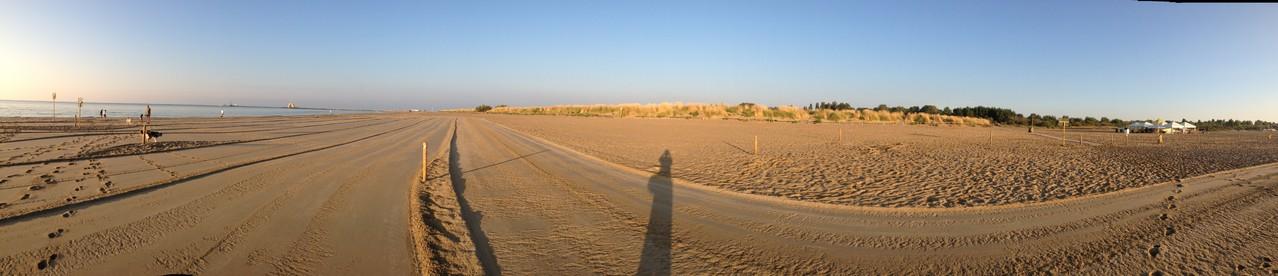 ...und auch morgens bis 10h haben wir den Strand praktisch nur für uns!