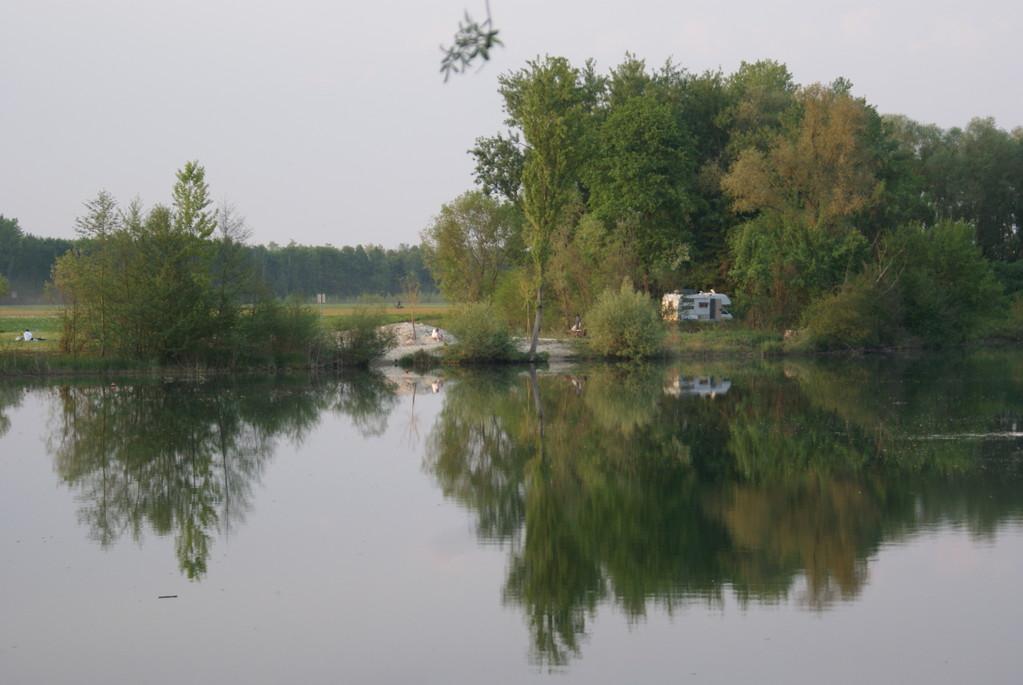 Erste Nacht an einem kleinen See...