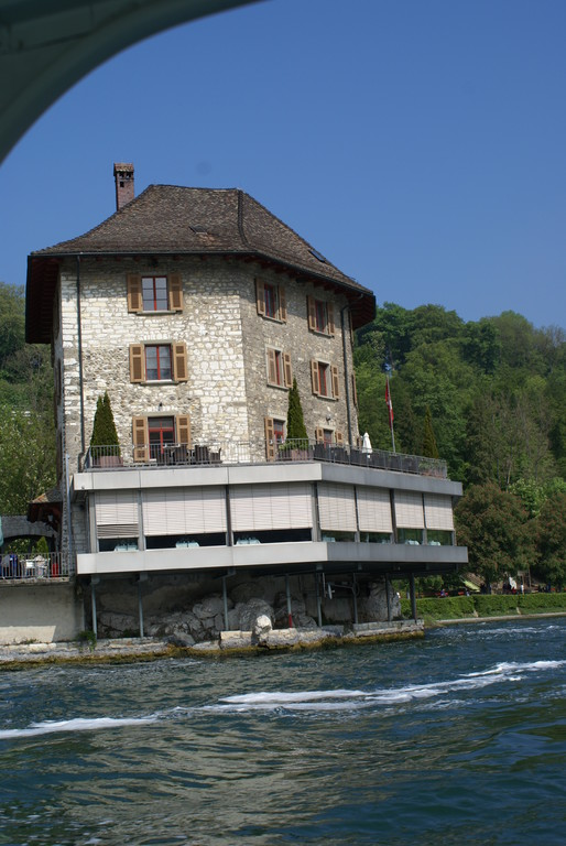 Am Schloss Wörth/Rheinfallbesuch