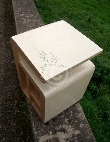 "Chevet 3 niches en carton (Cf. ""Sur mesure"")"