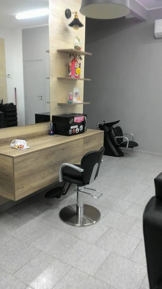 LUXUS-Coiffeur-Salon Komplett 4750.--